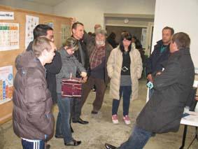 L'équipe Hygiène des locaux de Carcassonne participe à l'échange sur l'Eco citoyenneté animé par Eric de Terre de Cocagne